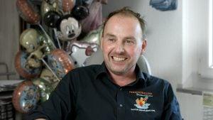 M. David Thabouret, gérant de l'entreprise La Trappe à Ballons